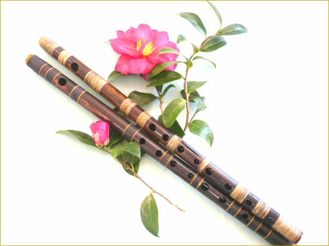 花のついた篠笛
